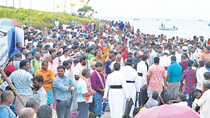 A section of devotees at the feast. Picture by Nishanka de Silva