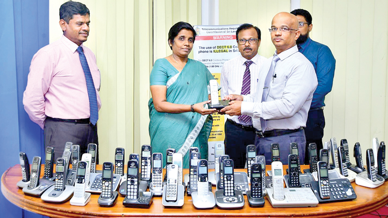 Over 800 wireless phones which are not compatible with the mobile frequency in the country were removed and handed over to Sriyani Mawallage, Deputy Director in charge of the Sri Lanka Telecommunication Regulatory Commission's E- Waste Management Project recently.