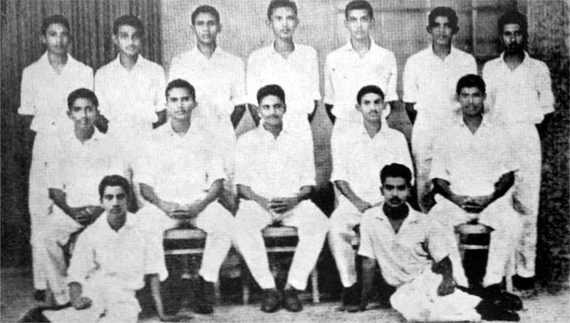 PRINCE OF WALES COLLEGE FIRST ELEVEN CRICKET TEAM 1962/63 On the Ground (from left): Sarath Fernando, Chanaka Perera Seated (from left): Hemal Mendis (Snr), Ryle de Mel (Vice Captain), Vernon de Mel (Captain), Rajah Peiris, Nihal Thenuwara. Standing (from left): Sarath de Silva, Leslie de Silva, Priyananda Perera, Shanthilal Silva, Ranjith Wickramasinghe, Deepal Peiris, Nihal Sannasgala. Absent: Srinath Silva (Picture by Dilwin Mendis, Moratuwa Sports Special Correspondent)