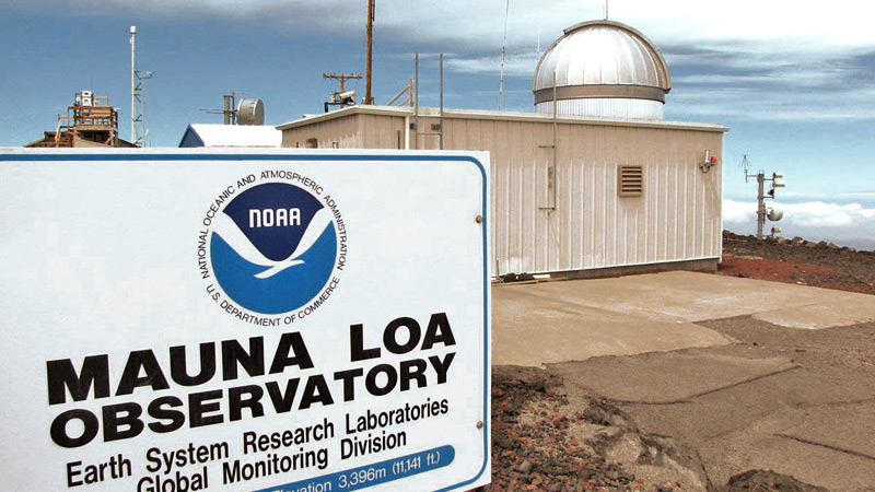 "NOAA""s Mauna Loa observatory, set high on the barren slopes of a volcano in the middle of the Pacific Ocean, is ideally situated to sample air that has not been influenced by local pollution sources or vegetation."