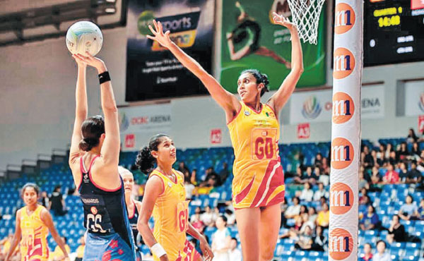 The women's netball team facing against Hong Kong in the semi-finals of the 2018 Asian Netball Championships.
