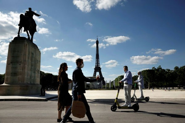 Electric scooters and bikes are becoming a more popular way to get around cities due to fears of crowds and coronavirus infections.