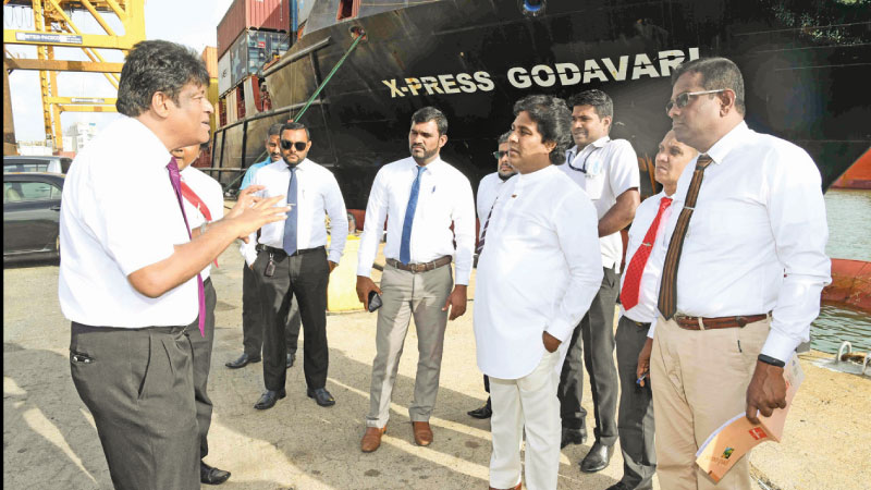 Warehouse Facilities, Container Yards, Port Supply Facilities and Boats and Shipping Industry Development State Minister Jayantha Samaraweera inspecting the Jaya Container Terminal (JCT) of the SLPA.