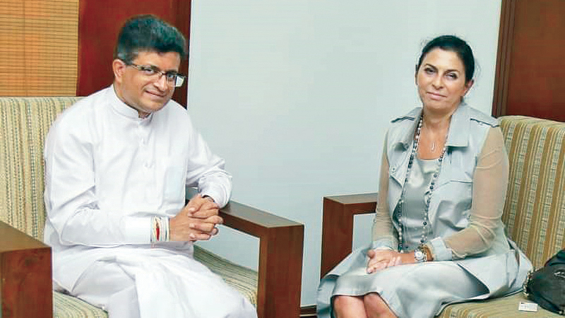 Italian Ambassador in Sri Lanka Rita Giuliana Mannella on Saturday called on Energy Minister Udaya Gammanpila at the latter's Ministry. Their discussion revolved on strengthening the ties in the energy field.