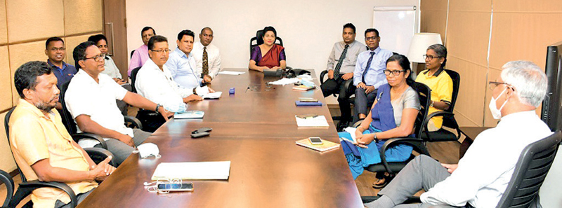 The Chairperson of NSB, Keasila Jayawardena,  the Chairman of Sri Lanka Aquaculture Development Alliance, Sarath Kithsiri, officials of the Alliance, Deputy General Managers of NSB and officers of SLSB at the initial discussions