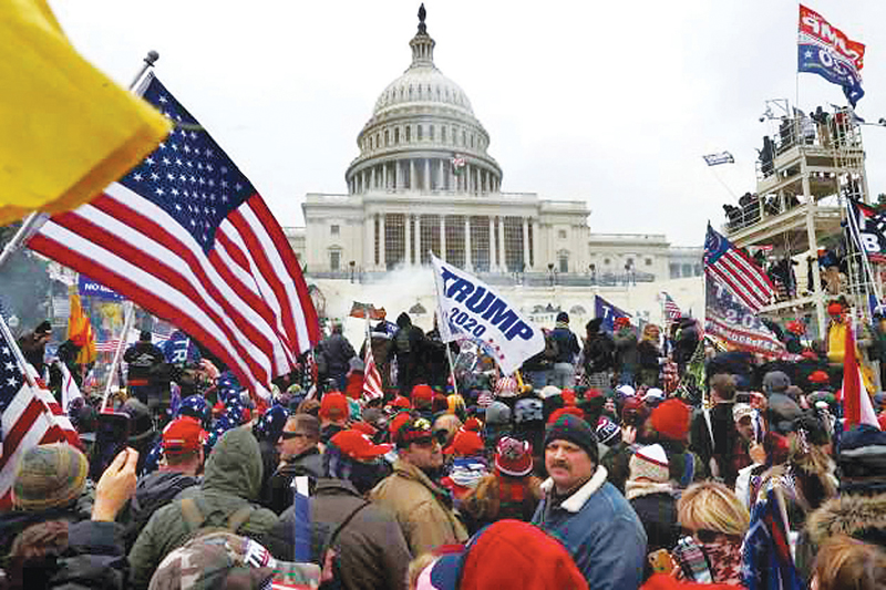 Pr0-Trump mobs gather outside the U.S. Capitol Building on Jan. 06, 2021 in Washington, DC.