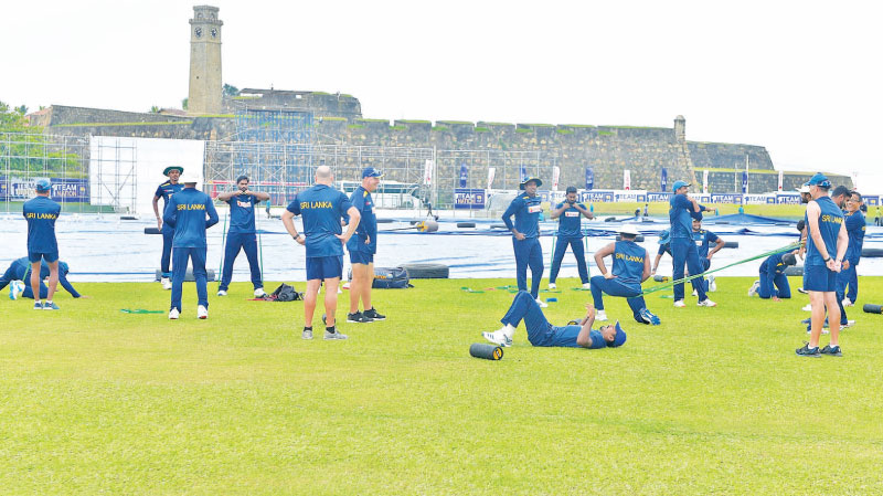 The Sri Lanka Team during a training session at the Galle Stadium.