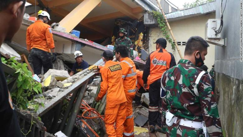 At least 34 killed by Sulawesi earthquake