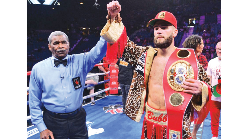 Caleb Plant retained his IBF super middleweight title beating former champion Caleb Truax.