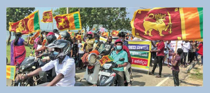 The youth led by peace activist Arul Siddharthan led a peacful march to celebrate Independence Day in the Jaffna city yesterday.