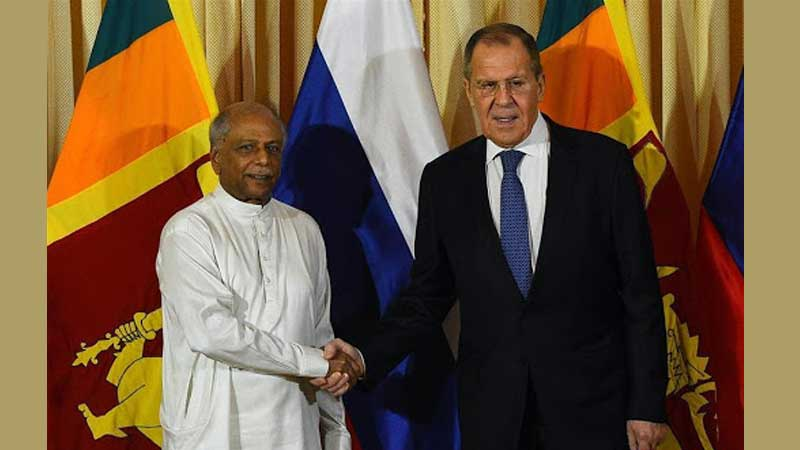 Russian Foreign Minister Sergei Lavrova with Foreign Minister Dinesh Gunawardena