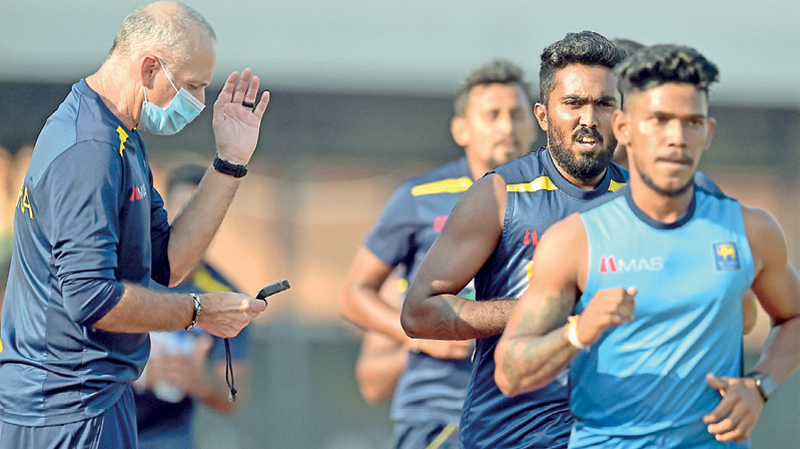Sri Lanka cricketers  performing the fitness test.