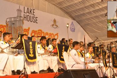 The second day of the Amadahara Vesak Zone organised by the Associated Newspapers of Ceylon Limited (ANCL) in view of the International Vesak Week, was inaugurated by Deputy Minister of Parliamentary Reforms and Media Minister Karunarathna Paranawithana yesterday. The highlight of the Vesak Zone this year is the instrumental rendition of devotional songs by the percussion bands of the Army, Navy and the Police. The Navy percussion band performed yesterday. ANCL Chairman Kavan Ratnayaka,Board of Directors, m