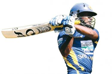 Jeevan Mendis sealed a  four-wicket win for Derbyshire.