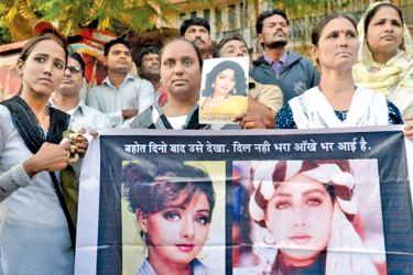 Thousands of heartbroken fans line the streets of Mumbai as  India bade farewell to Bollywood screen icon Sridevi.