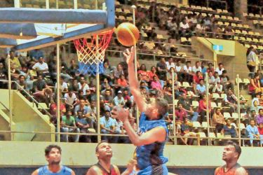 HSC Blues point hunt continues in the Colombo Super League Basketball Championship men's 'A' Div. final against Colombo BC at the Sugathadasa indoor courts. Picture by Wasitha Patabendige