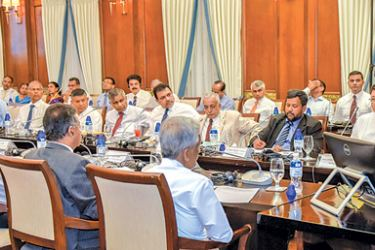 President addressing the group of local industrialists with Ministers Malik Samarawickrema, Rishad Bathiudeen and Lakshman Kiriella, Finance Ministry Secretary Dr. R. H. S. Samaratunge, Central Bank Governor Dr. Indrajit Coomaraswamy in attendence.