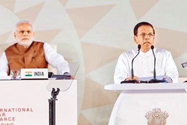 "President Maithripala Sirisena and Indian Prime Minister Narendra Modi at the inaugural meeting of the International Solar Energy Alliance held at the ""Rashtrapathi Bhavan"" New Delhi, India, last morning. Picture courtesy President's Media Division"