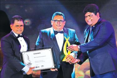Director and CEO of Macksons Properties, Ranga Goonawardena  receiving the Best Hotel Development Award along with Project Architect Thusitha Illangamage at Asia Property Awards 2018.