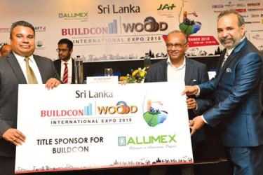 Asst. Manager Marketing Alumex Plc, the Title Sponsor Sri Lanka Buildcon Expo. 2018 Asantha Sirinatha, Chairman CDC Events and Travels Pvt Ltd. Chandra Wickremasinghe and Managing Director Futurex Trade Fair and Events Pvt Ltd, Prem Anveshi