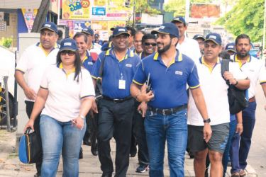 HNB at the Walk-The-Talk campaign. Pictures by Sulochana Gamage.
