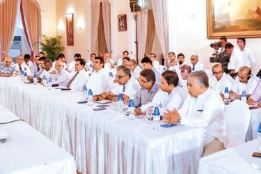 President Maithripala Sirisena addressing the Media Heads, newspaper editors and Heads of audio visual media institutions at President's House in Colombo yesterday. Picture by Nissanka de Silva
