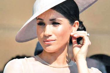"""Twitter users felt that Meghan was """"losing"""" her American accent."""