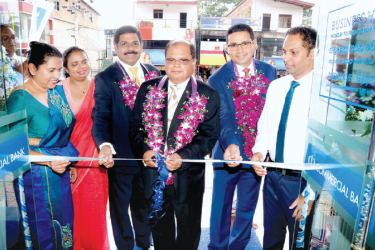 Chairman Dharma Dheerasinghe accompanied by Managing Director  S. Renganathan, Chief Operating Officer  Sanath Manatunge and senior management at the opening.