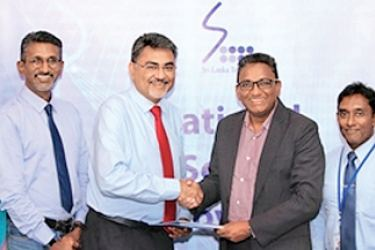 Evercore Properties and SLT signing from includes from Evercore Properties S.R. Fernando Head of Operations and Services, E.A.L.S. Perera Head of Engineering, A. Kangatharan Accountant,  Jasbir Singh Director,  Rajen Sangaran Director; from SLT  Kiththi Perera Chief Executive Officer, Imantha Wijekoon Chief Sales  Regional officer, Chethana Attanayake General Manager, Kelum Priyantha Business Development Manager and Samith Senevirathna  Assistant Manager at the event