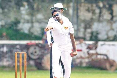 CCC's Malinda Pushpakumara took all ten Saracens second innings wickets.