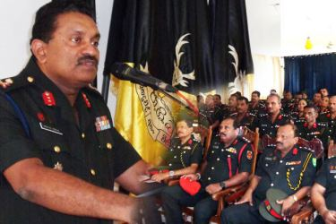 Major General M. M. S. Perera addressing the gathering.