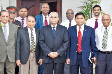 The delegation with Pakistani High Commissioner Major General (R) Dr. Shahid Ahmad Hashmat at the High Commission on Monday.