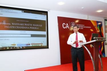 CA Sri Lanka President Jagath Perera launching the Institute's e-Library which can be accessed by Chartered accountants, non-finance professionals as well as students.