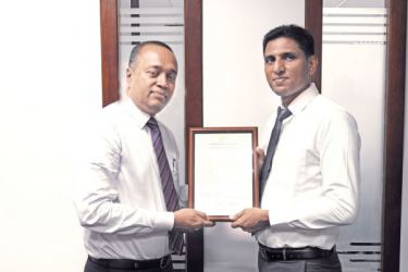 From Left: Lalith Weragoda, AGM - Human Resources, Sampath Bank PLC and Buddika Hemashantha, CEO of Climate Smart Initiatives (Pvt.) Ltd.