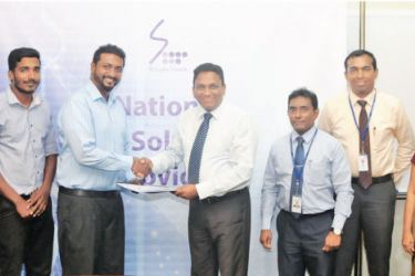 Sameera Ekanayake Marketing Officer (SLT), T. Purusoththaman Project Engineer (Idieal Engineering), N. Kajamaran Site Engineer (Idieal Engineering), K. Selvapalan Managing Director (Idieal Engineering); Kiththi Perera Chief Executive Officer (SLT), Imantha Wijekoon Chief Sales & Regional Officer (SLT), Chethana Attanayake General Manager (SLT),  Shiromi Saputhanthri Legal Officer (SLT),  Kelum Priyantha - Manager (SLT)