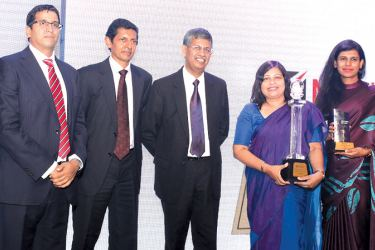 National  Development Bank PLC – Vice President Finance Suvendrini Muthukumarana  and Manager Finance Kumudari Peiris accepted the reward on behalf  of the NDB.