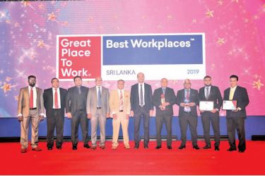 Zulficar Ghouse, Managing Director- Expack Corrugated Cartons Ltd and the Expack management team with the awards