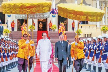 President Maithripala Sirisena was accorded a grand welcome on his arrival at the Royal Palace by the King of Cambodia Norodom Sihamoni. King Sihamoni recalled the strong ties between Cambodia and Sri Lanka and thanked the Sri Lankan leader for accepting the invitation to visit his nation. Picture by Sudath Silva