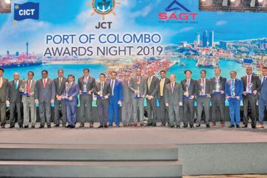 The winners of Port of Colombo Awards 2019 with Minister of Ports, Shipping and Southern Development, Sagala Ratnayaka, Chairman of Sri Lanka Ports Authority (SLPA) Kavan Ratnayaka, Director (Operations) of Sri Lanka Ports Authority (SLPA) Jayantha Perera, CEO of South Asia Gateway Terminals (SAGT) Romesh David and CEO of the Colombo International Container Terminals (CICT) –Jack Huang    after the awards ceremony.