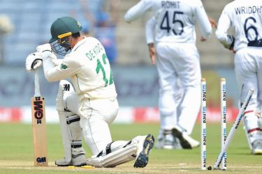 The Proteas have lost back to back Tests to India to trail 0-2 in the three-match series.