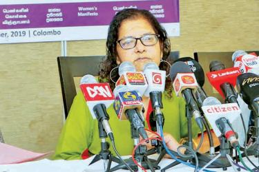 WMC's Kumudini Samuel speaks at the media conference. Picture by Saman Sri Wedage