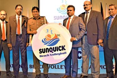The sponsorship of the Sunquick National Beach Volleyball Championship is being symbolically presented by the Director of Sunquick Lanka (Pvt) Ltd Mangala Perera (4th from left) to the Senior Vice President of Sri Lanka Beach Volleyball Association DIG Priyantha Jayakody. (from left) AGM-Marketing C.W. Mackie PLC Nisha Karunaratne, General Secretary of Sri Lanka Volleyball Federation A.S. Nalaka, Vice President of Sri Lanka Volleyball Federation K.D.R.C. Rathnamudali and Chief Operating Officer – C.W. Macki