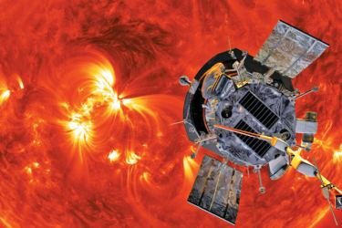 Scientists hail the first data sent back by the Parker Solar Probe, giving them new leads on the solar wind and heating of the corona.