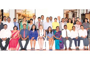 Representatives from 30 leading Sri Lankan businesses at the Scaling Up Nutrition Business Network event.