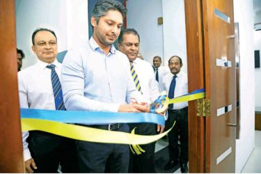 MCC President and former Sri Lanka captain Kumar Sangakkara declares open the High Performance Center Player Accommodation Facility at the R Premadasa Stadium yesterday in the presence of SLC president Shammi Silva and CEO Ashley de Silva.