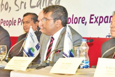 Dhammika Fernando, President, CIPM Sri Lanka and Chairman – World HR Congress 2020 (2nd from right) addresses the media together with Prof. Ajantha Dharmasiri - Chair of the Technical Committee, World HR Congress 2020 (extreme right) together with other officials
