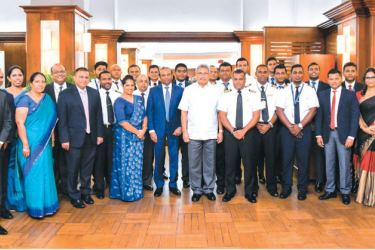 SRILANKAN CREW FELICITATED: President Gotabaya Rajapaksa is seen with the SriLankan Airlines crew who flew to Wuhan, the epicenter of coronavirus to bring back Sri Lankan students. SriLankan Chairman Ashoka Pathirage and Secretary to the President Dr.P.B. Jayasundera were also present. Picture courtesy President's Media Division