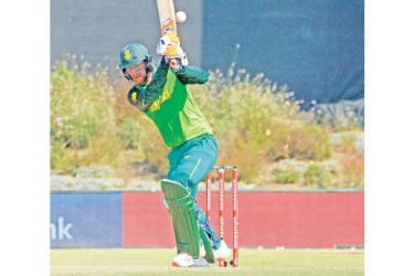 South Africa's Heinrich Klaasen bats during the first One Day International cricket match in the three match series against Australia at Boland Park Cricket Stadium in Paarl  AFP