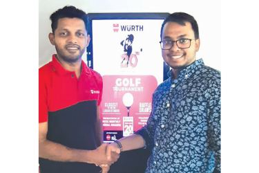 Wurth Lanka Sales and Marketing Manager Suranga Kekuluwalage (left) with Shashnika Rambukpota- Senior Executive Marketing and Communications of RCGC after finalizing the sponsorship
