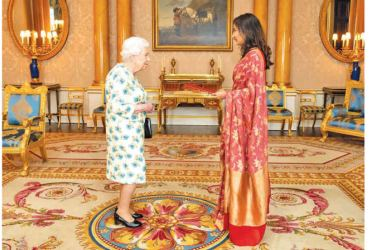 Sri Lankan High Commissioner to the United Kingdom Saroja Sirisena presents Letters of Credence to Queen Elizabeth II.